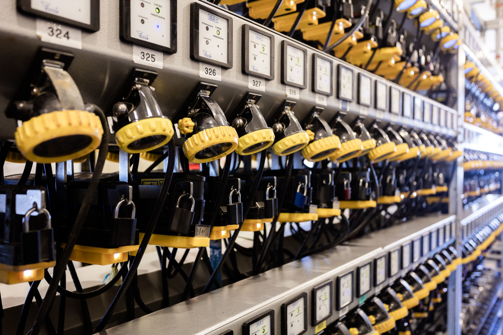 Mine Safety Checklist: Lamproom system safety terminal